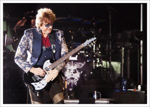 Bon_Jovi_100.jpg